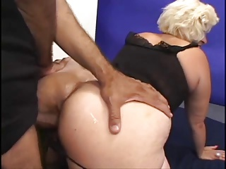 Mature McCoy Gets Her Soggy Cunt Fucked