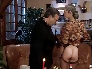 MATURE SWINGERS COUPLE HAVE FUN WITH OTHER COUPLE